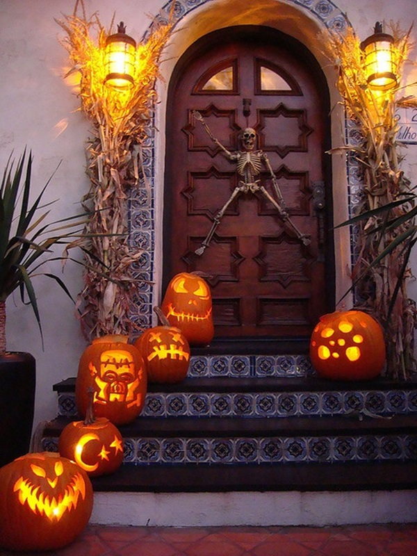 Scary Halloween Decoration Ideas to try this Year (2)