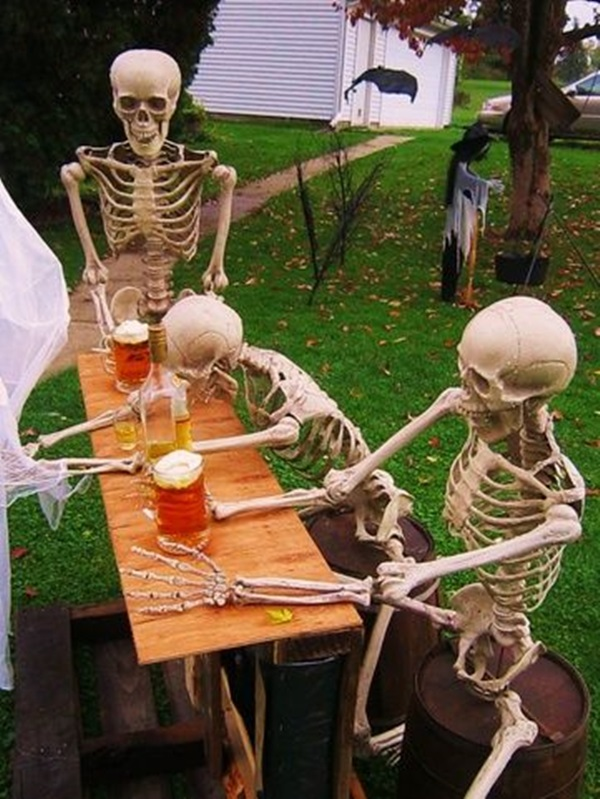 Scary Halloween Decoration Ideas to try this Year (25)