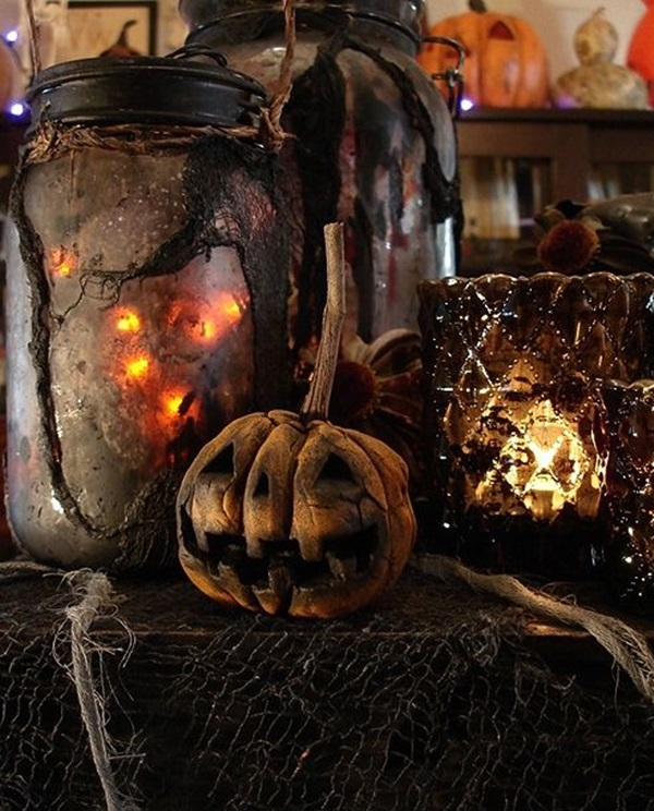 Scary Halloween Decoration Ideas to try this Year (27)