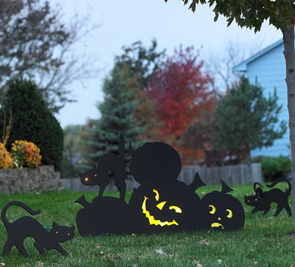 Scary Halloween Decoration Ideas to try this Year (39)