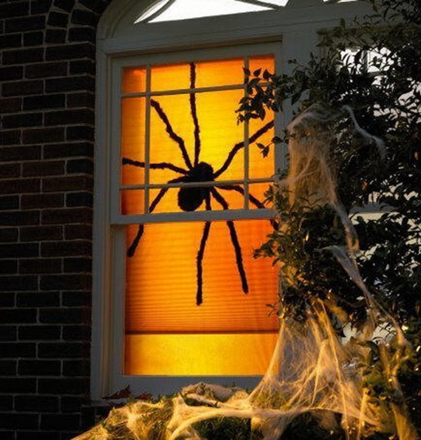 Scary Halloween Decoration Ideas to try this Year (45)
