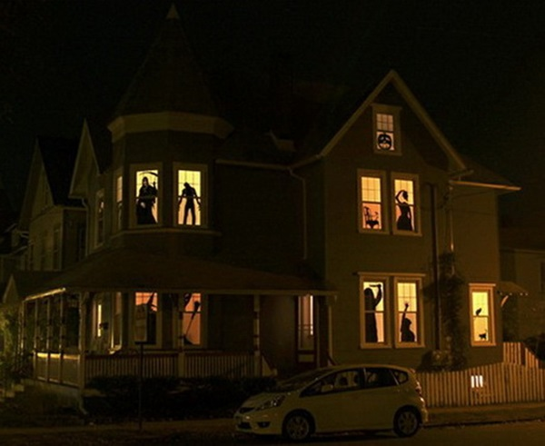 Scary Halloween Decoration Ideas to try this Year (48)