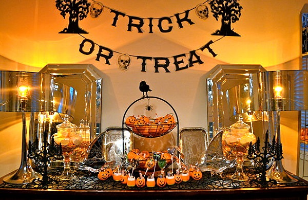 Scary Halloween Decoration Ideas to try this Year (9)