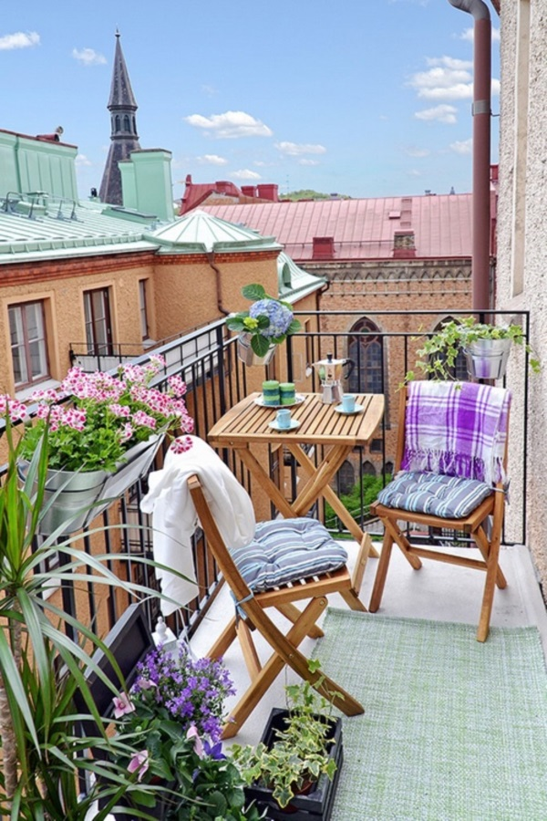 Clever Balcony Transformation Ideas (8)