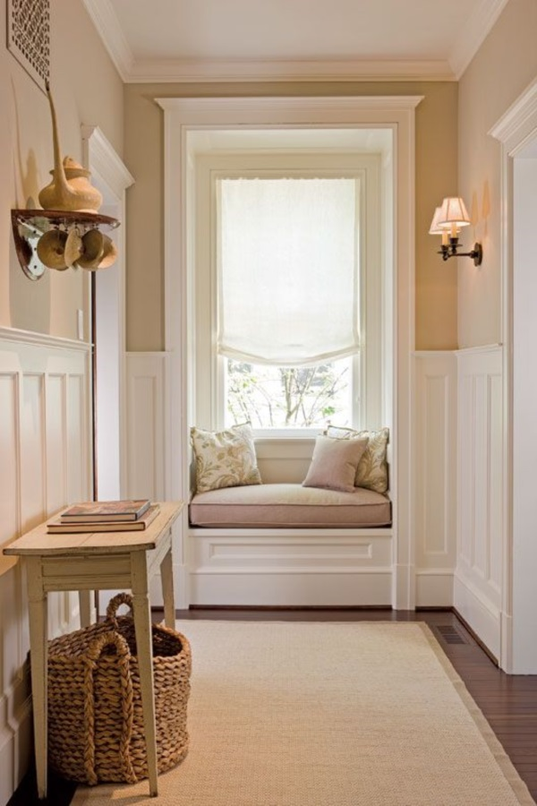 Scenic And Cozy Window Seat Ideas For You (1)