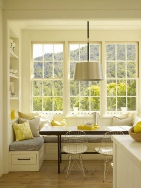 Scenic And Cozy Window Seat Ideas For You (10)