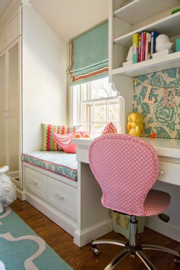 Scenic And Cozy Window Seat Ideas For You (17)