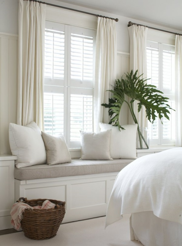 Scenic And Cozy Window Seat Ideas For You (23)