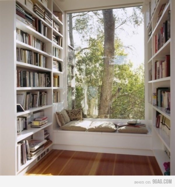 Scenic And Cozy Window Seat Ideas For You (28)