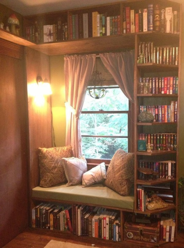Scenic And Cozy Window Seat Ideas For You (29)
