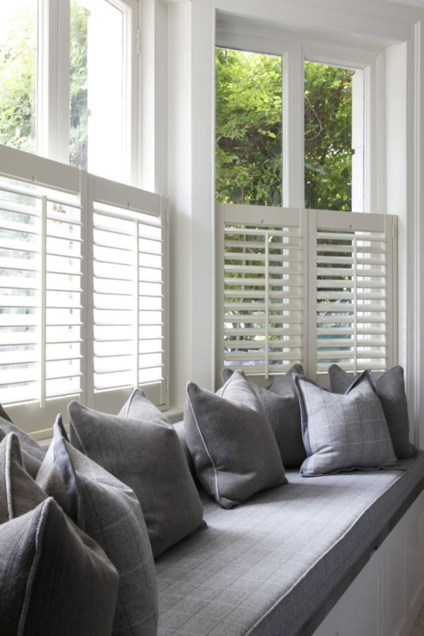 Scenic And Cozy Window Seat Ideas For You (33)