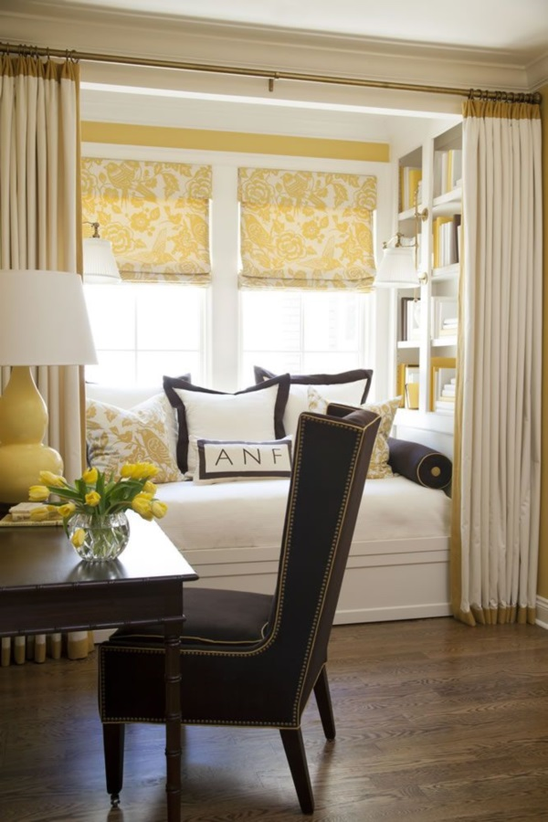 Scenic And Cozy Window Seat Ideas For You (43)