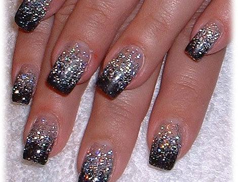 nails glitter 1
