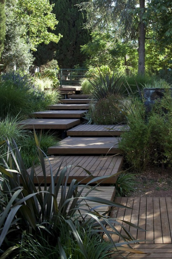 Cool Garden Stair Ideas For Inspiration (36)