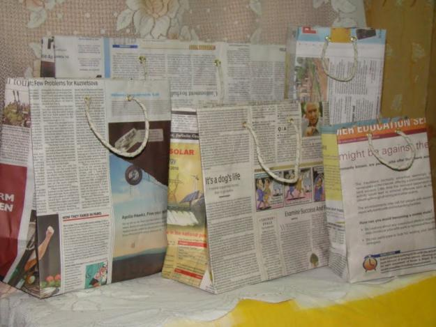 newspaper craft ideas gift bag