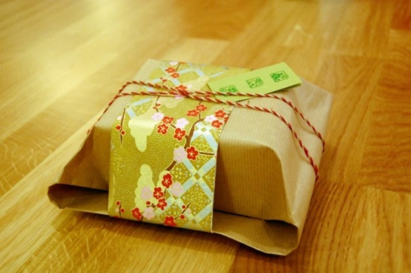Lovely Japanese Gift Wrapping ideas (31)