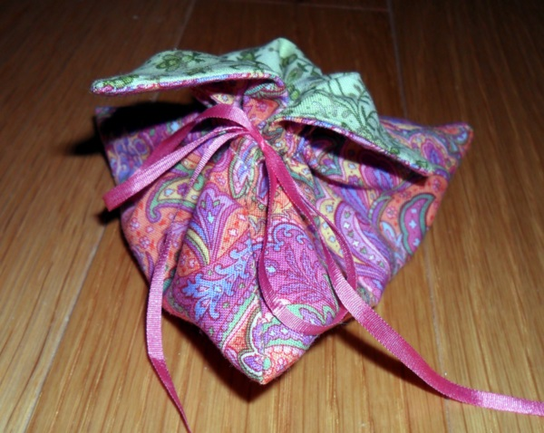 Lovely Japanese Gift Wrapping ideas (40)