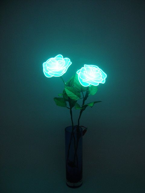 plastic flowers 25