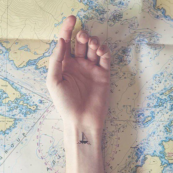 Cute tiny tattoo ideas for girls (6)