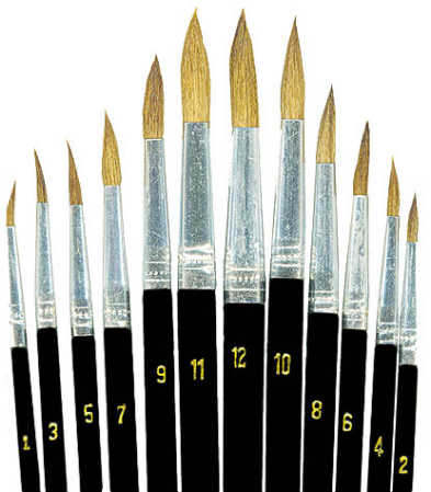 round pointed brush