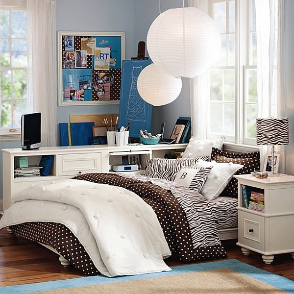 Classic College Dorm Room Decoration Ideas (16)