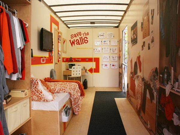Classic College Dorm Room Decoration Ideas (17)
