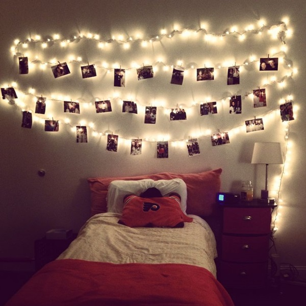 Classic College Dorm Room Decoration Ideas (9)