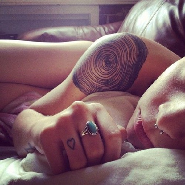 Insanely Gorgeous Circle Tattoo Designs (33)