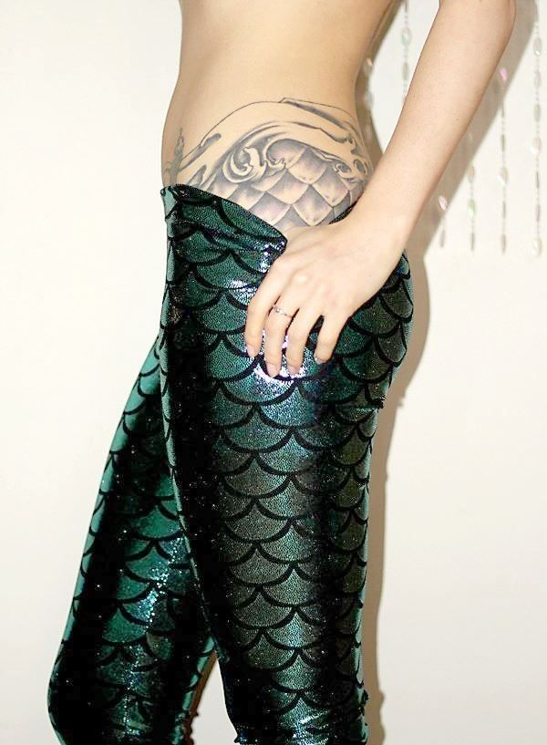 Mermaid Scales Tattoo Designs For Girls (20)