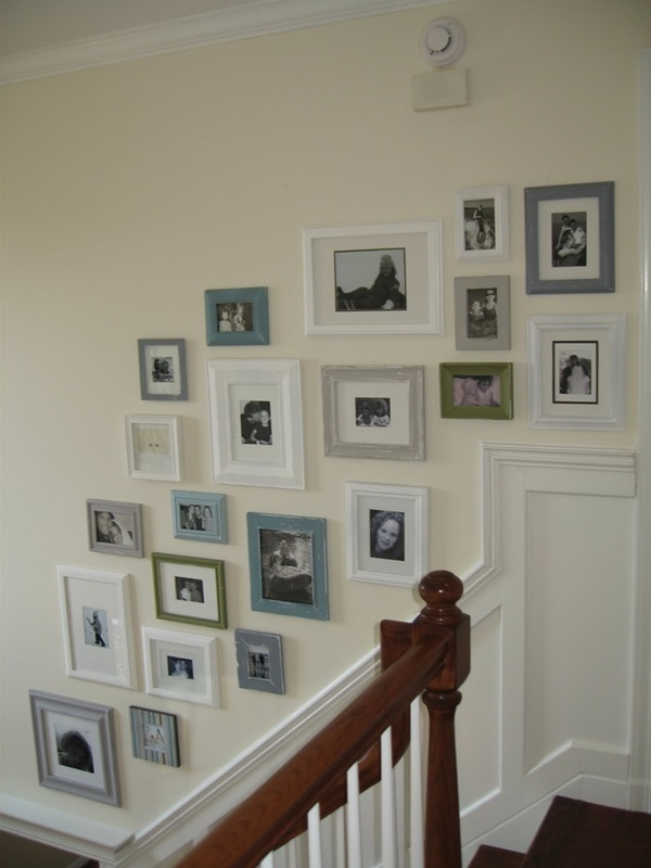 Must Try Stair Wall Decoration Ideas (8)