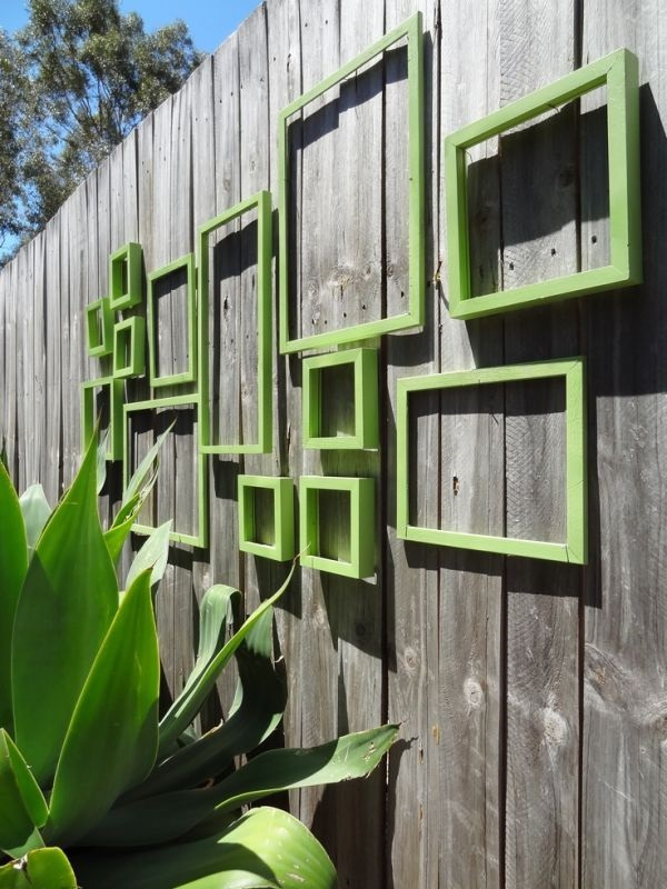 Creative Garden Fence Decoration Ideas (27)