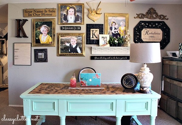 Best Family Picture Wall Decoration Ideas (19)