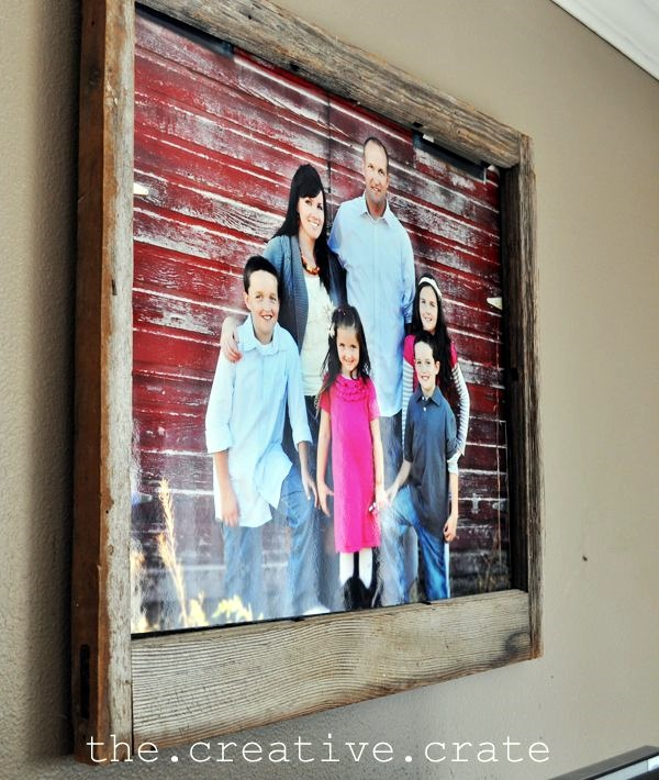 Best Family Picture Wall Decoration Ideas (30)