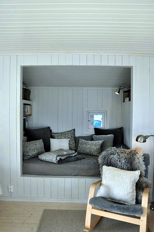 Cozy Corner Ideas For Ultimate Comfort (17)