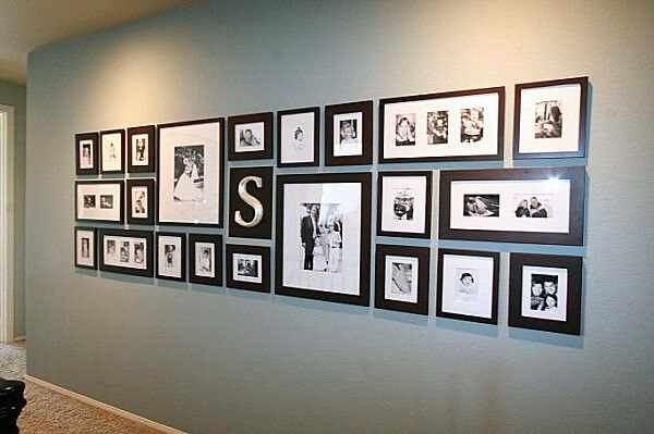 Unique wall photo display Ideas For You (1)