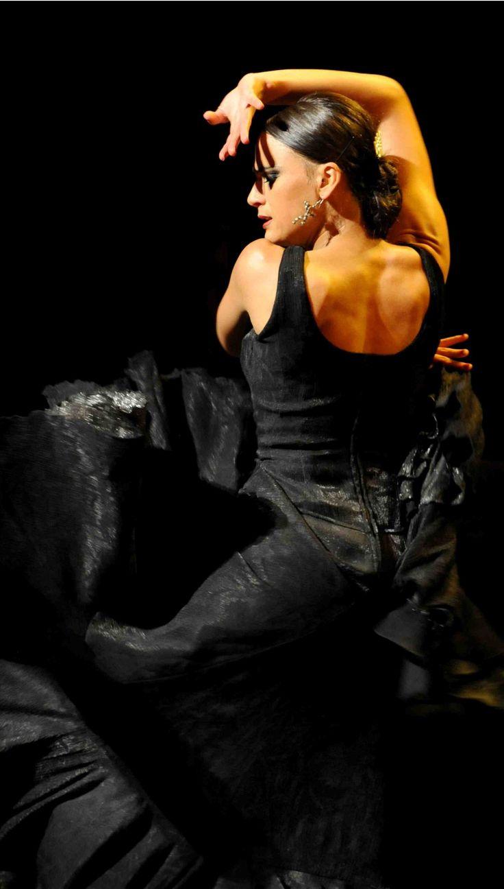 flamenco dancing 2