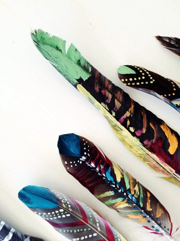 An Amazing Hobby of painted feathers (41)