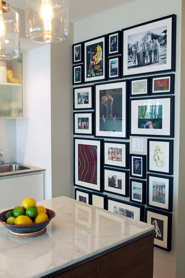 Best Family Picture Wall Decoration Ideas (45)