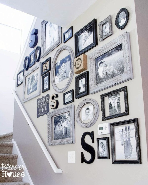 Best Family Picture Wall Decoration Ideas (47)