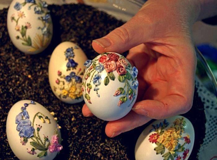 egg art 23