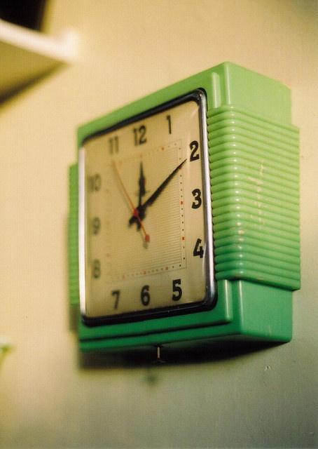 vintage clocks 25