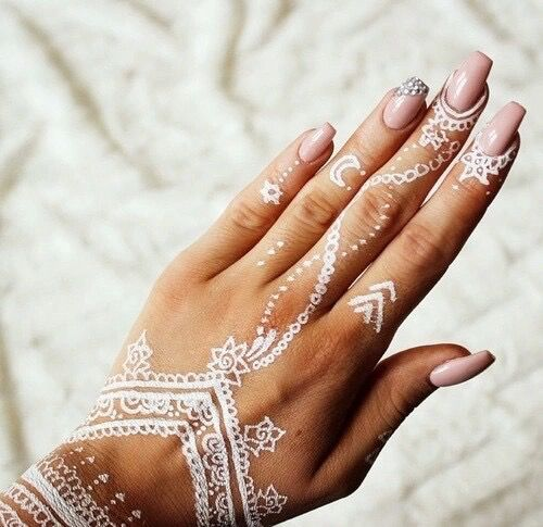 white henna designs 2