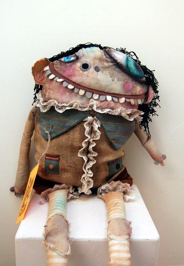 Disturbing DOLL ART Crafts which will Stay in your mind (35)