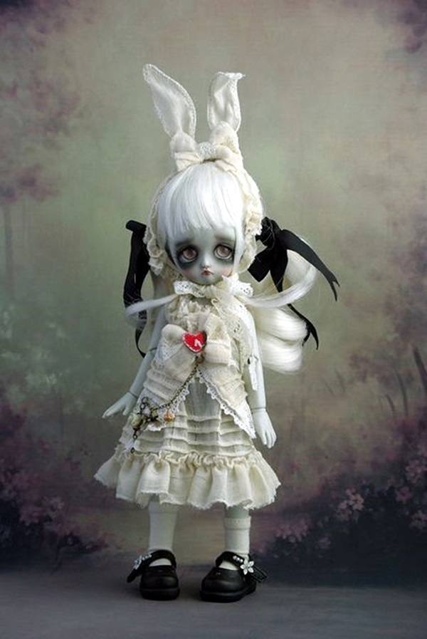 Disturbing DOLL ART Crafts which will Stay in your mind (4)