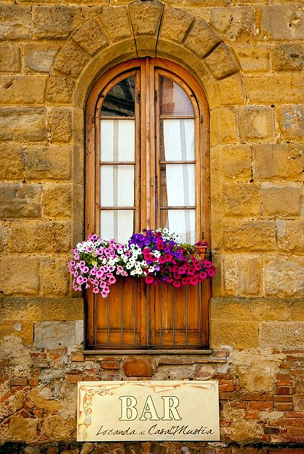 Magical window flower box ideas (12)