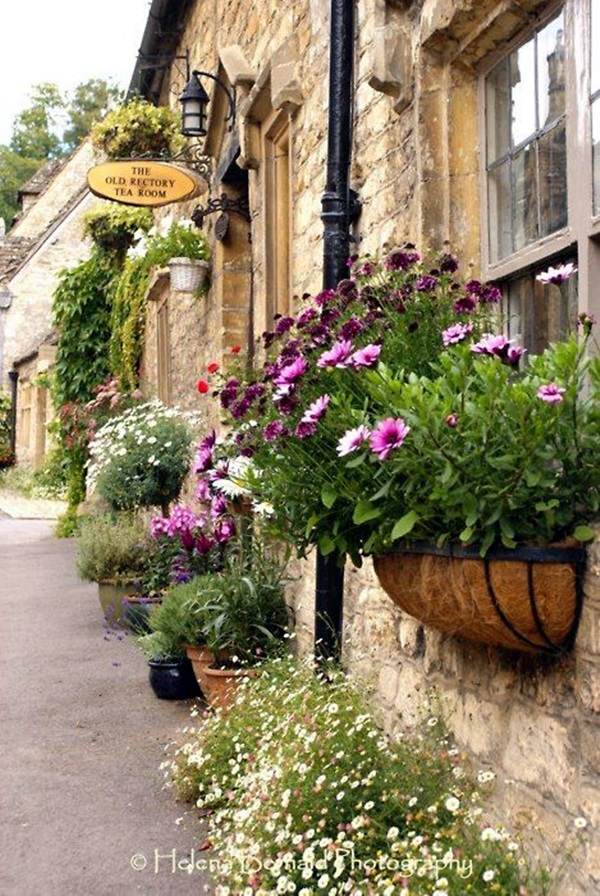 Magical window flower box ideas (15)