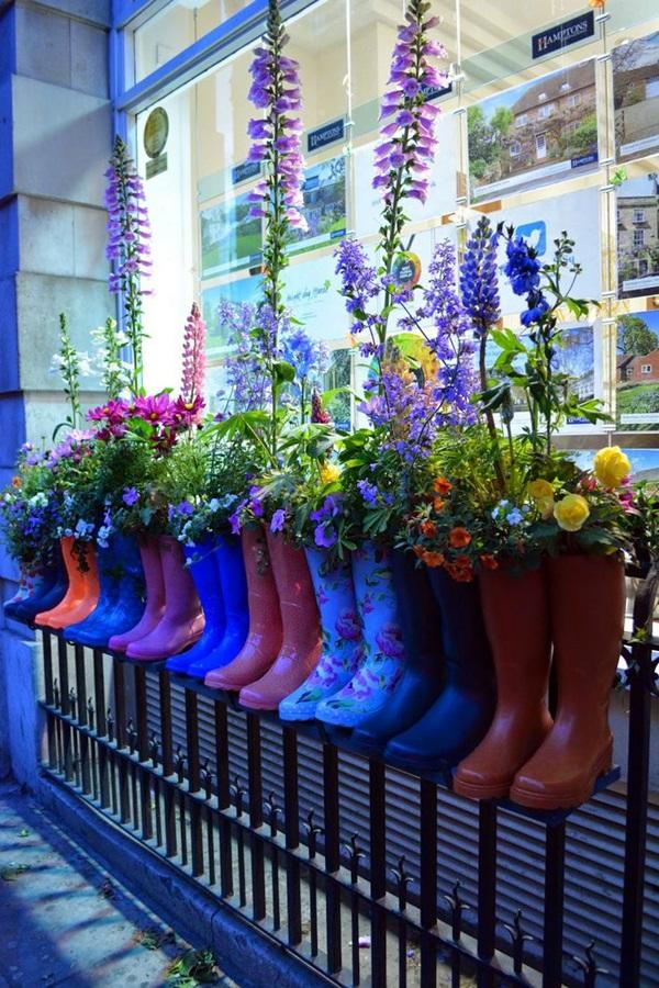Magical window flower box ideas (3)