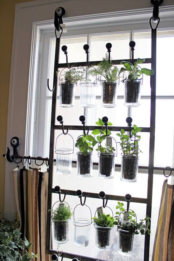 Smart Mini Indoor Garden Ideas (25)