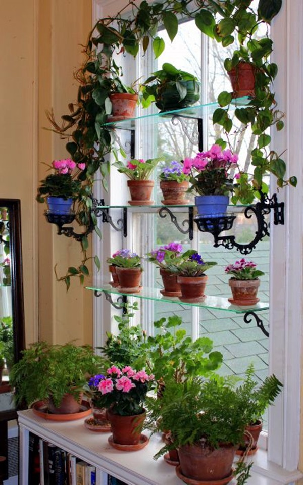 Smart Mini Indoor Garden Ideas (28)