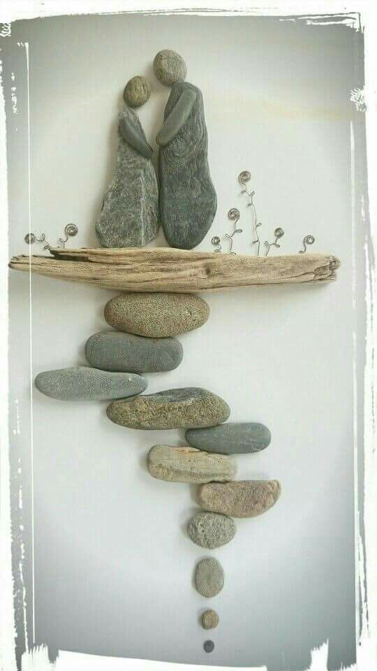 rock and pebble art 14